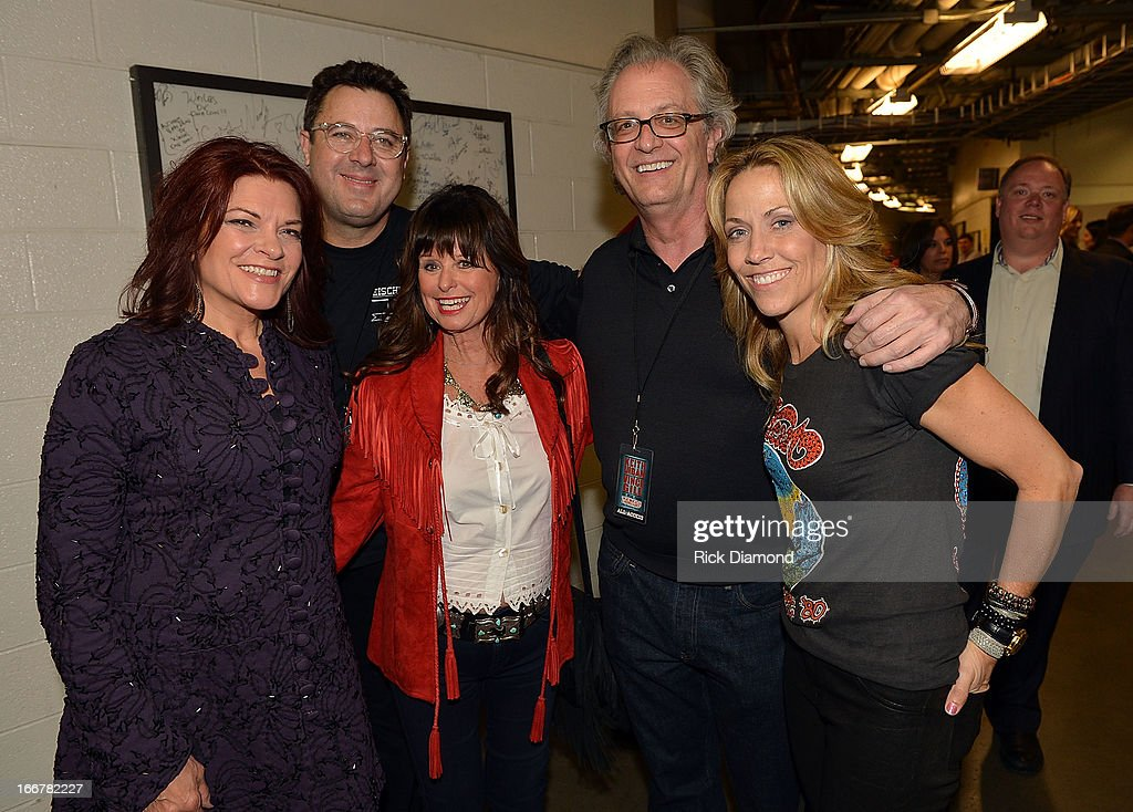 Rosanne Cash, Vince Gill, Jessi Colter, Kyle Young, and Sheryl Crow performs during Keith Urban's Fourth annual We're All For The Hall benefit concert at Bridgestone Arena on April 16, 2013 in Nashville, Tennessee.