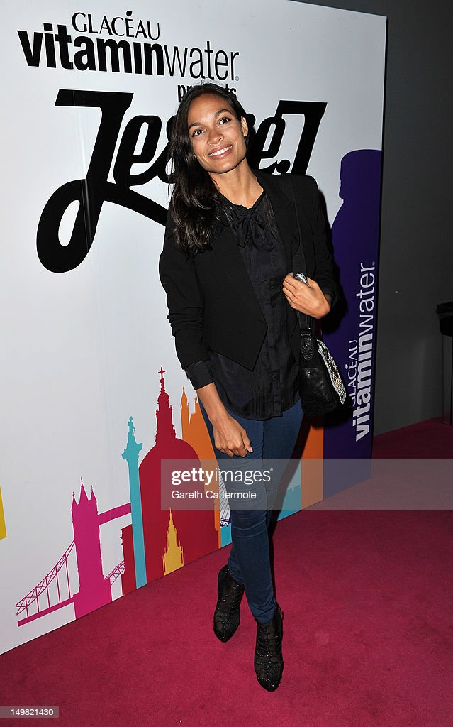<a gi-track='captionPersonalityLinkClicked' href=/galleries/search?phrase=Rosario+Dawson&family=editorial&specificpeople=201472 ng-click='$event.stopPropagation()'>Rosario Dawson</a> arrives as Glaceau vitaminwater presents 'Jessie J Live In London' at The Roundhouse on August 4, 2012 in London, England.