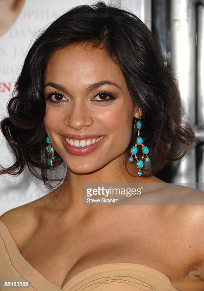 Rosario Dawson arrives at the Los Angeles premiere of 'Seven Pounds' at the Mann Village Theatre on December 16 2008 in Los Angeles California