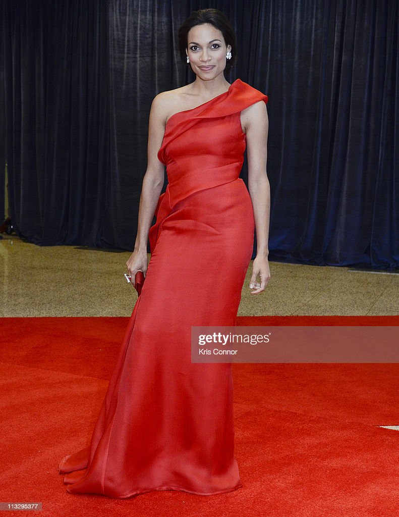 <a gi-track='captionPersonalityLinkClicked' href=/galleries/search?phrase=Rosario+Dawson&family=editorial&specificpeople=201472 ng-click='$event.stopPropagation()'>Rosario Dawson</a> attends the 2011 White House Correspondents' Association Dinner at the Washington Hilton on April 30, 2011 in Washington, DC.