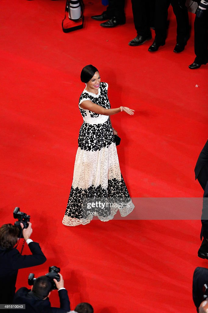 <a gi-track='captionPersonalityLinkClicked' href=/galleries/search?phrase=Rosario+Dawson&family=editorial&specificpeople=201472 ng-click='$event.stopPropagation()'>Rosario Dawson</a> attends the 'Captives' premiere during the 67th Annual Cannes Film Festival on May 16, 2014 in Cannes, France.