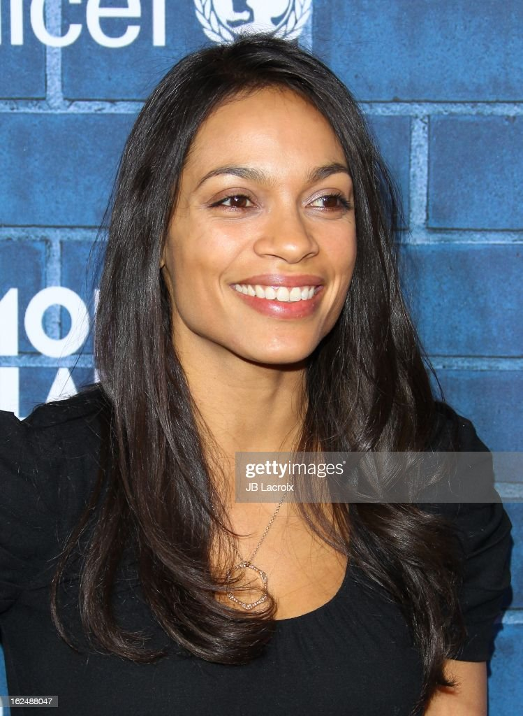 <a gi-track='captionPersonalityLinkClicked' href=/galleries/search?phrase=Rosario+Dawson&family=editorial&specificpeople=201472 ng-click='$event.stopPropagation()'>Rosario Dawson</a> attends the Montblanc and UNICEF pre-Oscar brunch celebrating their limited edition collection at Hotel Bel-Air on February 23, 2013 in Los Angeles, California.