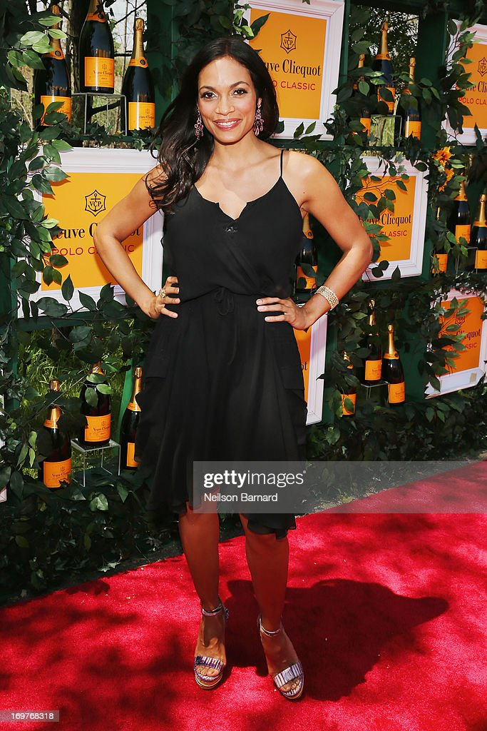 <a gi-track='captionPersonalityLinkClicked' href=/galleries/search?phrase=Rosario+Dawson&family=editorial&specificpeople=201472 ng-click='$event.stopPropagation()'>Rosario Dawson</a> attends the sixth annual Veuve Clicquot Polo Classic on June 1, 2013 in Jersey City.