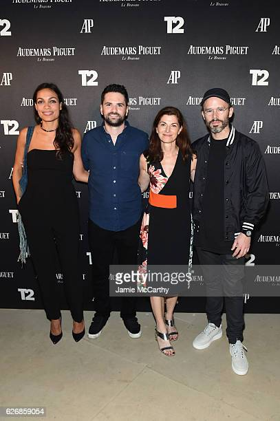 Rosario Dawson Dan Trachtenberg Diane Solway and Daniel Arsham attend the Miami Beach Kickoff Party at Audemars Piguet Art Commission 'Reconstruction...