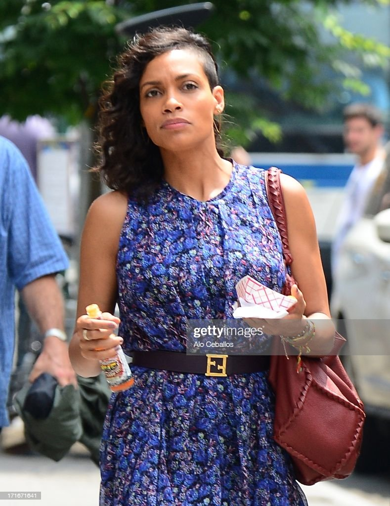 <a gi-track='captionPersonalityLinkClicked' href=/galleries/search?phrase=Rosario+Dawson&family=editorial&specificpeople=201472 ng-click='$event.stopPropagation()'>Rosario Dawson</a> is seen on the set of 'The Untitled Chris Rock Project' on June 27, 2013 in New York City.