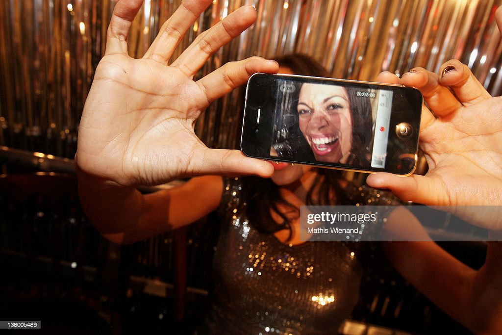 <a gi-track='captionPersonalityLinkClicked' href=/galleries/search?phrase=Rosario+Dawson&family=editorial&specificpeople=201472 ng-click='$event.stopPropagation()'>Rosario Dawson</a> tooks a photo of her self at the 'Lambertz Monday Night' at Chocolate-Fair on January 30, 2012 in Cologne, Germany.