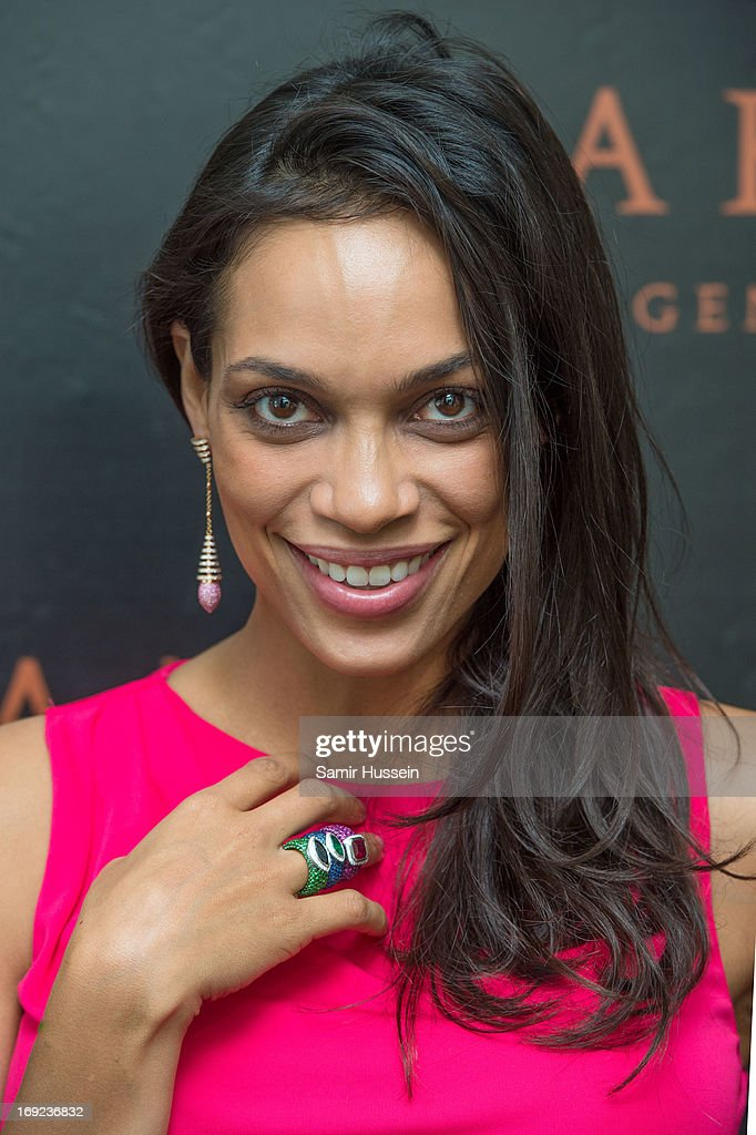Rosario Dawson visits the Avakian suite wearing Avakian jewellery during the 66th Cannes Film Festival on - rosario-dawson-visits-the-avakian-suite-wearing-avakian-jewellery-picture-id169236832