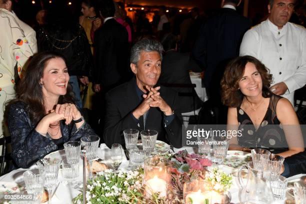 Rosario Fiorello Susanna Biondo and Roberta Armani attend McKim Medal Gala at Villa Aurelia on June 7 2017 in Rome Italy