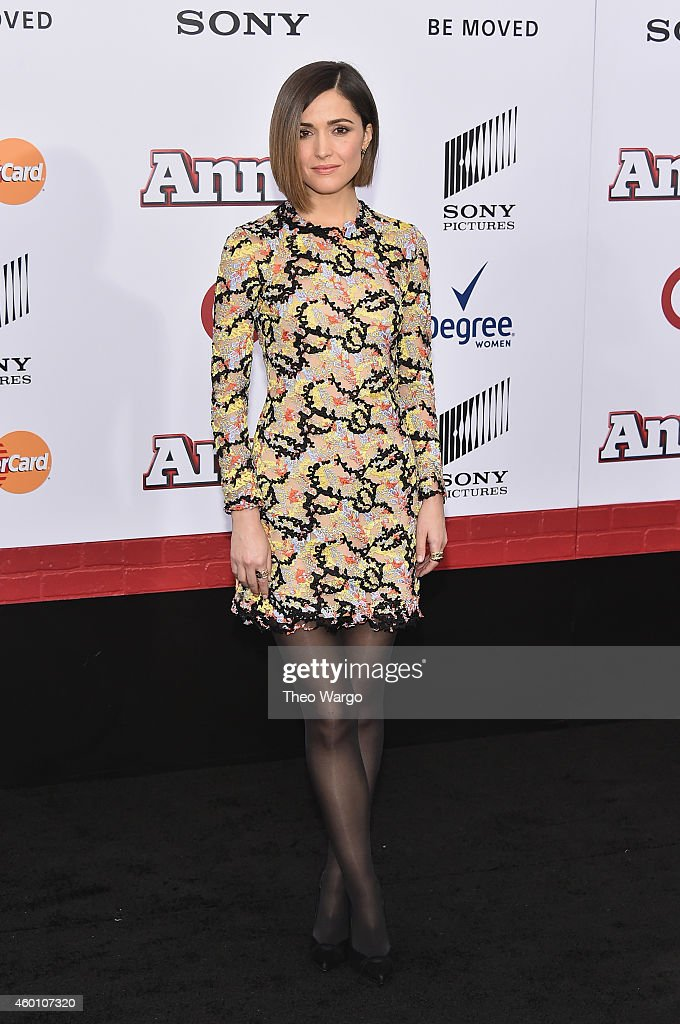 Rose Byrne attends the 'Annie' World Premiere at Ziegfeld Theater on December 7, 2014 in New York City.