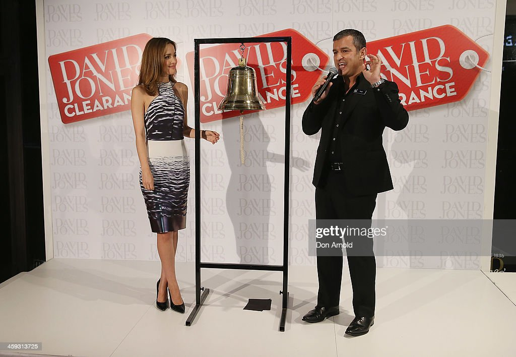 <a gi-track='captionPersonalityLinkClicked' href=/galleries/search?phrase=Rose+Byrne&family=editorial&specificpeople=206670 ng-click='$event.stopPropagation()'>Rose Byrne</a> is interviewed by CEO Paul Zahra outside the David Jones city store just prior to the opening of its Boxing Day sales on December 26, 2013 in Sydney, Australia. Boxing Day is one of the busiest days for retail outlets in Sydney with thousands takaing advantage of the post-Christmas sale prices.