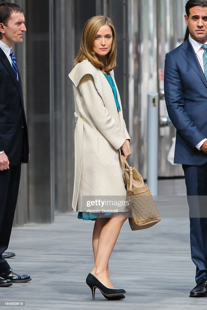 <a gi-track='captionPersonalityLinkClicked' href=/galleries/search?phrase=Rose+Byrne&family=editorial&specificpeople=206670 ng-click='$event.stopPropagation()'>Rose Byrne</a> seen on location in Downtown for 'Annie' on October 16, 2013 in New York City.