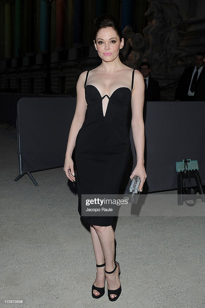 <a gi-track='captionPersonalityLinkClicked' href=/galleries/search?phrase=Rose+McGowan&family=editorial&specificpeople=206451 ng-click='$event.stopPropagation()'>Rose McGowan</a> arrives at 'The Glory Of Water' : Karl Lagerfeld's Exhibition Dinner at Fendi on July 3, 2013 in Paris, France.
