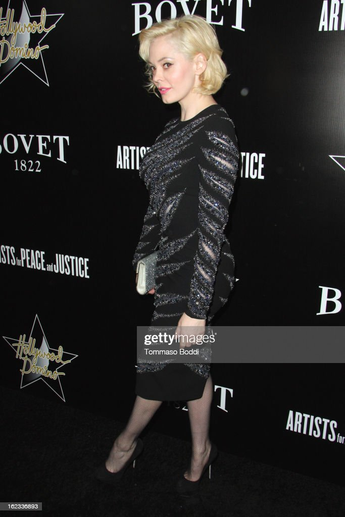 <a gi-track='captionPersonalityLinkClicked' href=/galleries/search?phrase=Rose+McGowan&family=editorial&specificpeople=206451 ng-click='$event.stopPropagation()'>Rose McGowan</a> attends the 6th annual Hollywood Domino Gala & Tournament held at teh Sunset Tower on February 21, 2013 in West Hollywood, California.
