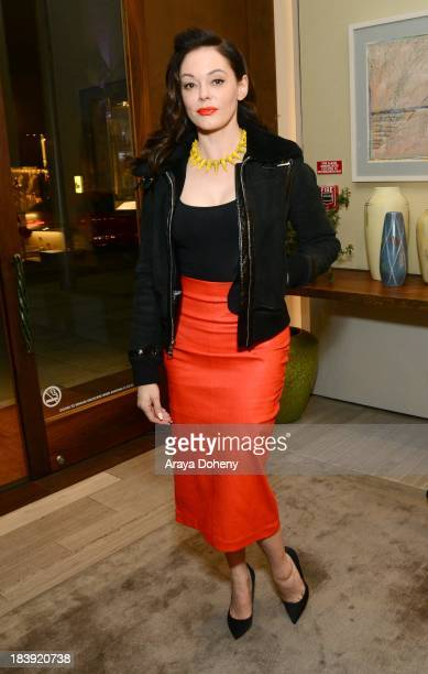 Rose McGowan attends the David Yurman and Vogue with special host Jennifer Howell the celebrate The Willow Collection at David Yurman Boutique on...