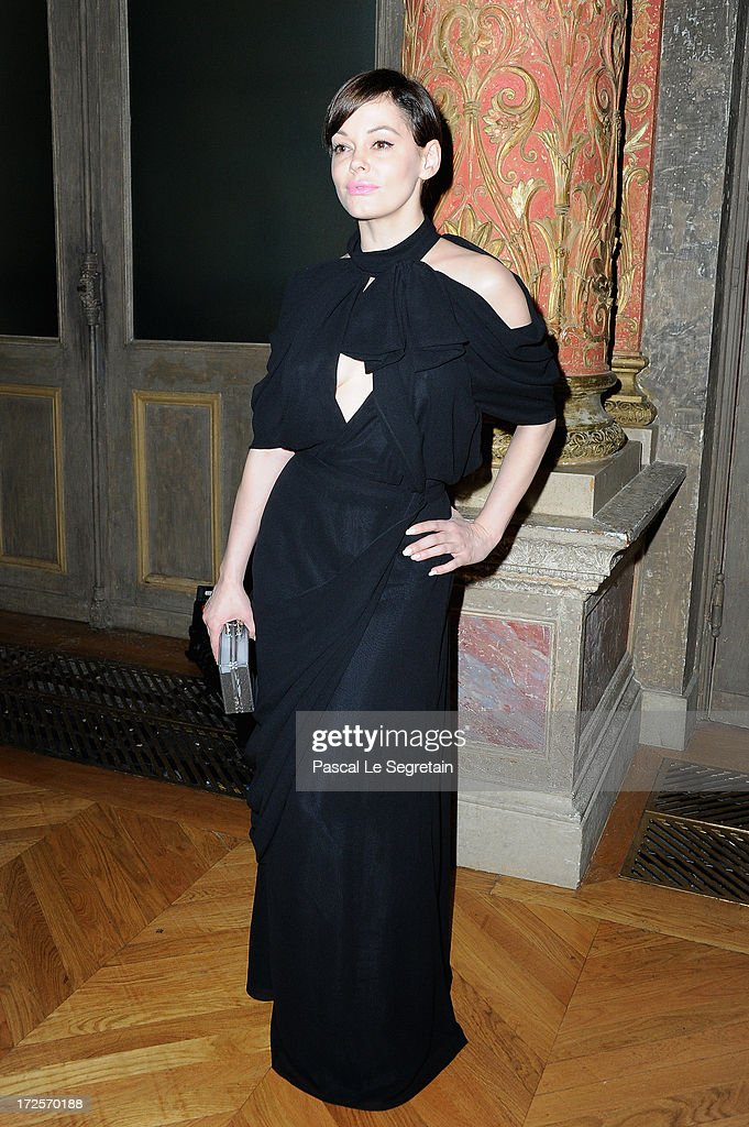Rose McGowan attends the Viktor&Rolf show as part of Paris Fashion Week Haute-Couture Fall/Winter 2013-2014 at La Gaite Lyrique on July 3, 2013 in Paris, France.