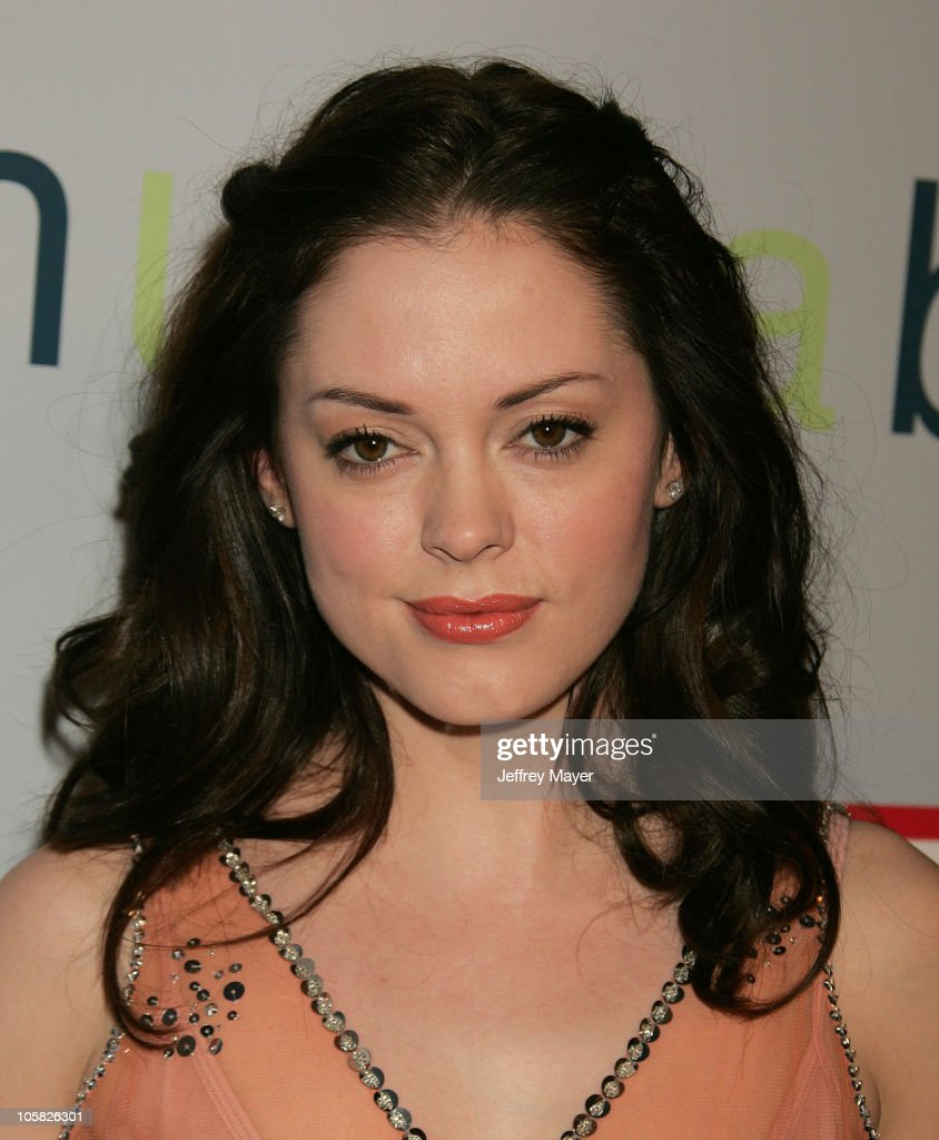 Rose McGowan during 'I Heart Huckabees' Los Angeles Premiere - Arrivals at The Grove in Hollywood, California, United States.