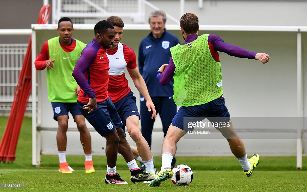 Rose of England battles for the ball with <a gi-track='captionPersonalityLinkClicked' href=/galleries/search?phrase=Harry+Kane+-+Soccer+Player&family=editorial&specificpeople=13636610 ng-click='$event.stopPropagation()'>Harry Kane</a> of England during a training session ahead of the UEFA Euro 2016 match against Iceland at Stade du Bourgognes on June 26, 2016 in Chantilly, France.