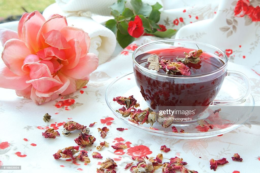 Rose petals tea : Stock Photo