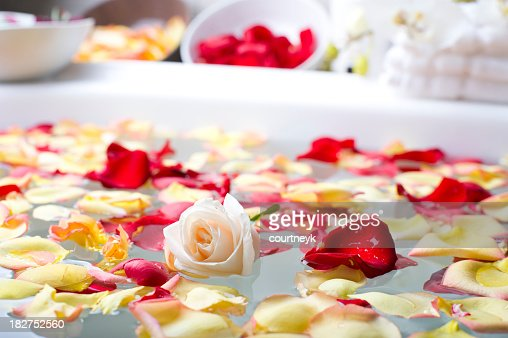 Rose with flower petals in a spa