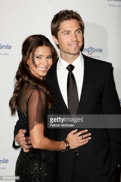 Roselyn Sanchez and Eric Winter attend Operation Smile's 8th Annual Smile Gala at The Beverly Hilton Hotel on October 2 2009 in Beverly Hills CA