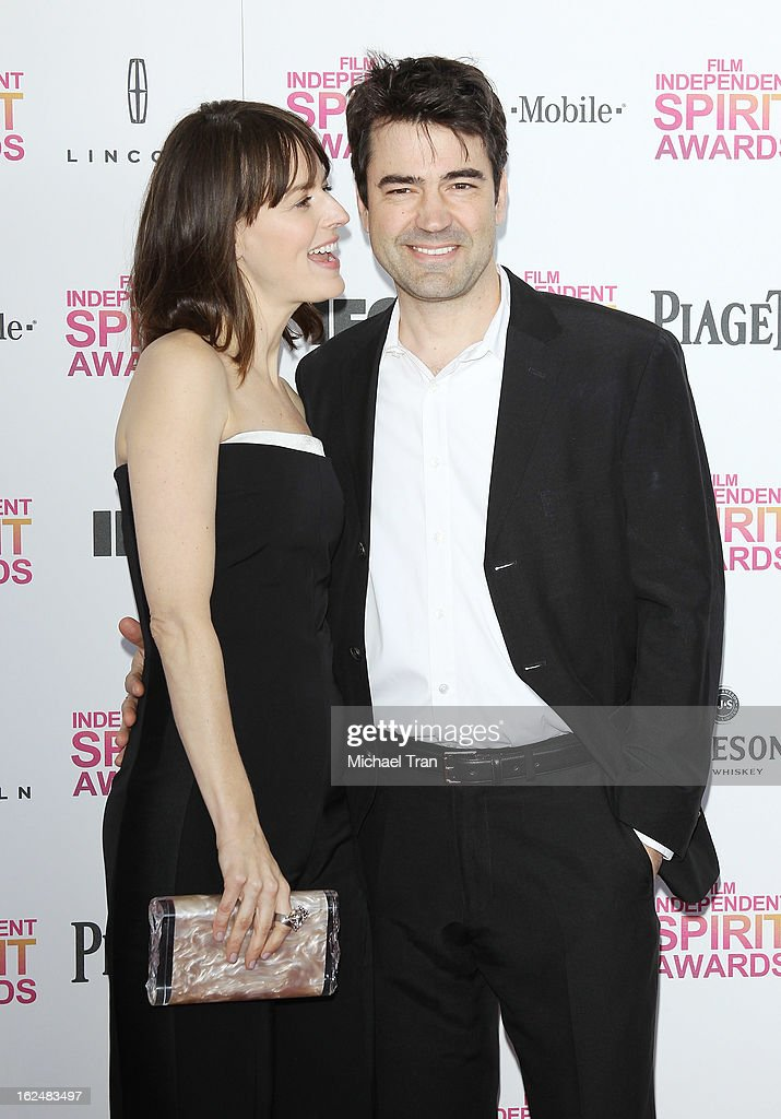 Rosemarie DeWitt (L) and Ron Livingston arrive at the 2013 Film Independent Spirit Awards held on February 23, 2013 in Santa Monica, California.