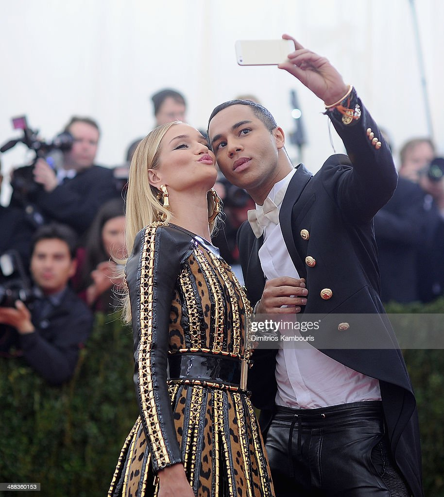 <a gi-track='captionPersonalityLinkClicked' href=/galleries/search?phrase=Rosie+Huntington-Whiteley&family=editorial&specificpeople=2244343 ng-click='$event.stopPropagation()'>Rosie Huntington-Whiteley</a> and <a gi-track='captionPersonalityLinkClicked' href=/galleries/search?phrase=Olivier+Rousteing+-+Fashion+Designer&family=editorial&specificpeople=13773205 ng-click='$event.stopPropagation()'>Olivier Rousteing</a> attend the 'Charles James: Beyond Fashion' Costume Institute Gala at the Metropolitan Museum of Art on May 5, 2014 in New York City.