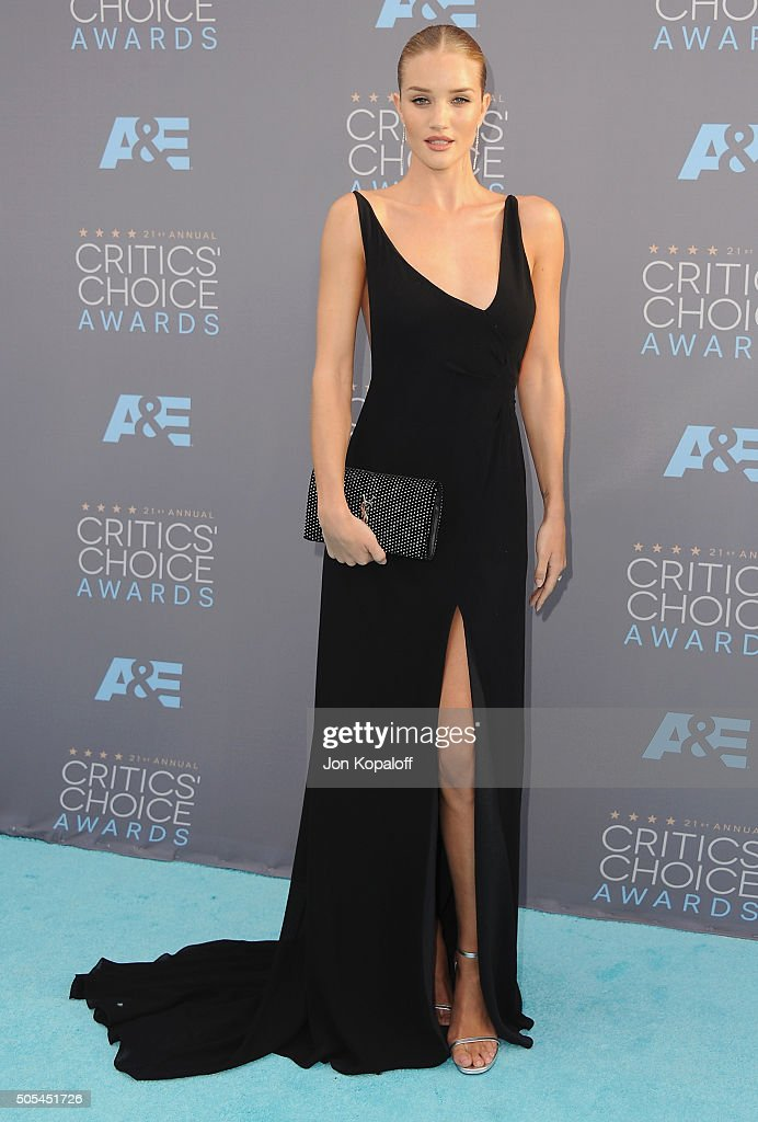 Rosie Huntington-Whiteley arrives at The 21st Annual Critics' Choice Awards at Barker Hangar on January 17, 2016 in Santa Monica, California.
