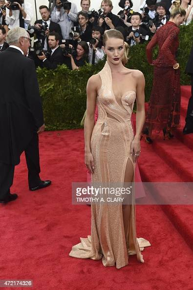 Rosie HuntingtonWhiteley arrives at the Costume Institute Gala Benefit at The Metropolitan Museum of Art May 5 2015 in New York AFP PHOTO / TIMOTHY A...