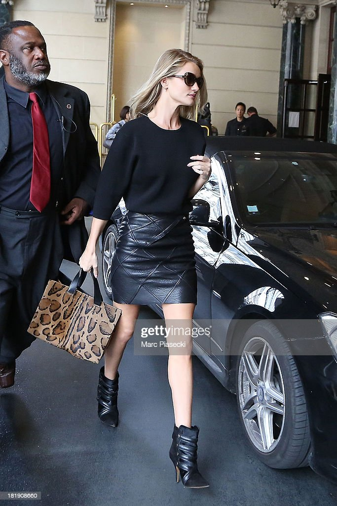 Rosie Huntington-Whiteley arrives at the 'Intercontinental' hotel on September 26, 2013 in Paris, France.
