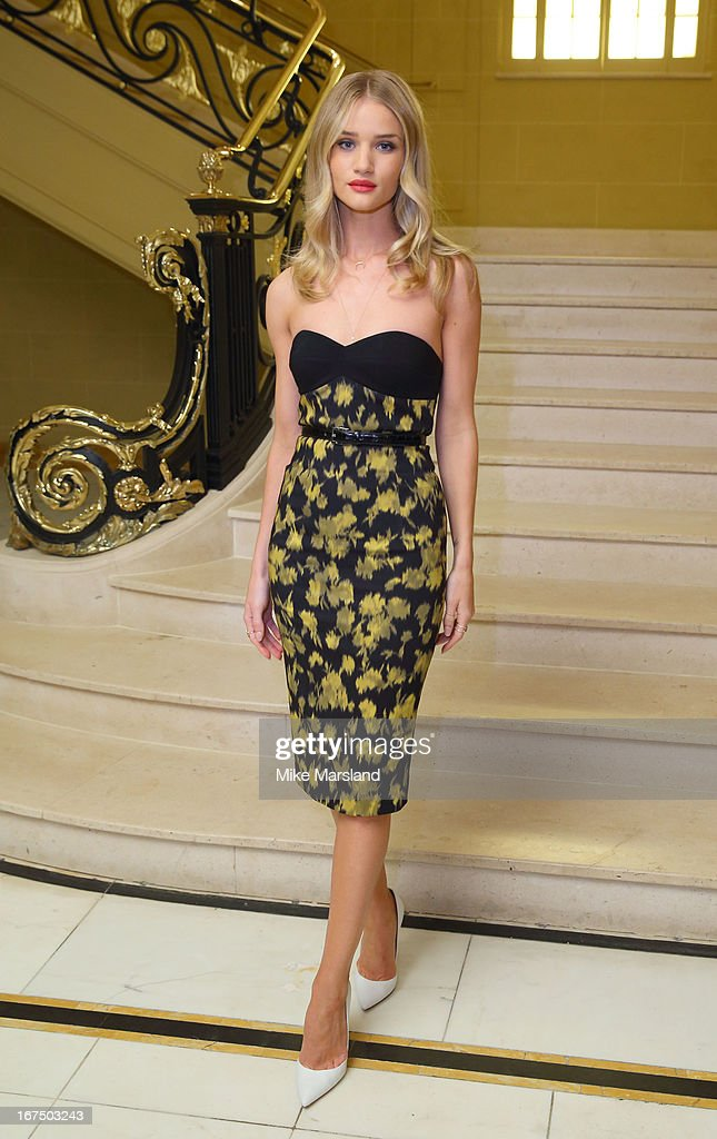 <a gi-track='captionPersonalityLinkClicked' href=/galleries/search?phrase=Rosie+Huntington-Whiteley&family=editorial&specificpeople=2244343 ng-click='$event.stopPropagation()'>Rosie Huntington-Whiteley</a> attends a Vogue dinner hosted by Alexandra Shulman in honour of Michael Kors at Cafe Royal on April 25, 2013 in London, England.