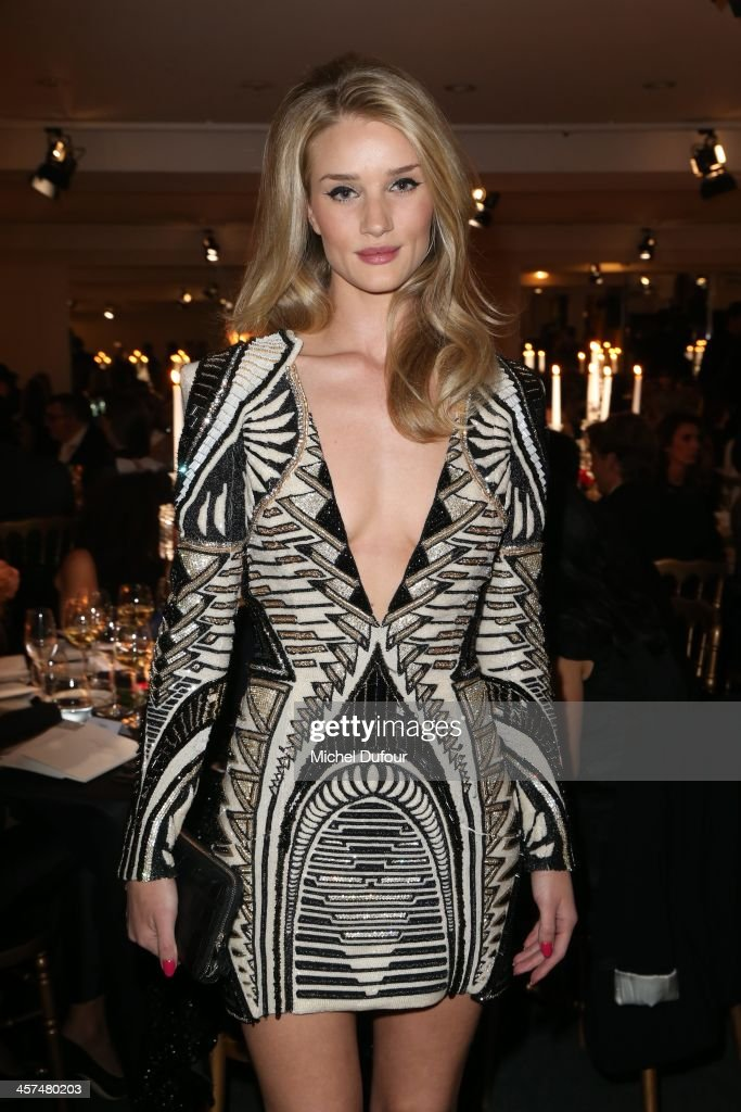 <a gi-track='captionPersonalityLinkClicked' href=/galleries/search?phrase=Rosie+Huntington-Whiteley&family=editorial&specificpeople=2244343 ng-click='$event.stopPropagation()'>Rosie Huntington-Whiteley</a> attends the Annual Charity Dinner Hosted By The AEM Association Children Of The World For Rwanda on December 17, 2013 in Paris, France.