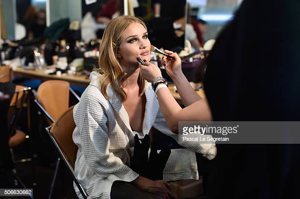 Rosie HuntingtonWhiteley has her make up done Backstage prior the Versace Spring Summer 2016 show as part of Paris Fashion Week on January 24 2016 in...