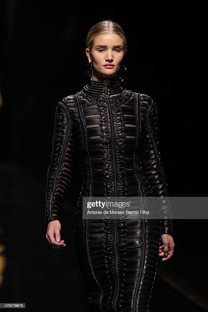 <a gi-track='captionPersonalityLinkClicked' href=/galleries/search?phrase=Rosie+Huntington-Whiteley&family=editorial&specificpeople=2244343 ng-click='$event.stopPropagation()'>Rosie Huntington-Whiteley</a> walks the runway during the Balmain show as part of the Paris Fashion Week Womenswear Fall/Winter 2014-2015 on February 27, 2014 in Paris, France.