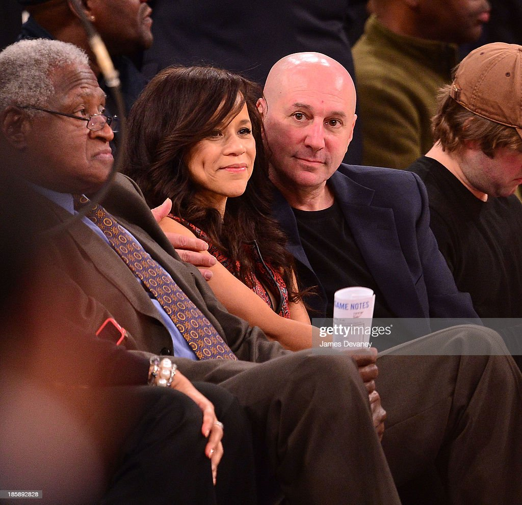 <a gi-track='captionPersonalityLinkClicked' href=/galleries/search?phrase=Rosie+Perez&family=editorial&specificpeople=171833 ng-click='$event.stopPropagation()'>Rosie Perez</a> and Eric Hayes attend the Charlotte Bobcats Vs. the New York Knicks at Madison Square Garden on October 25, 2013 in New York City.