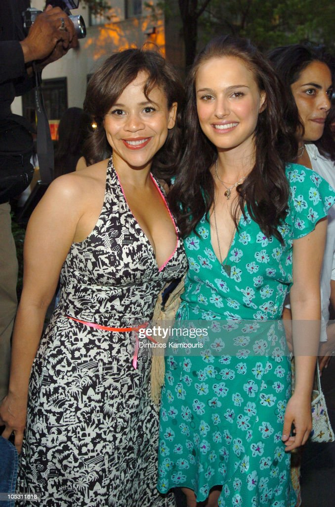 <a gi-track='captionPersonalityLinkClicked' href=/galleries/search?phrase=Rosie+Perez&family=editorial&specificpeople=171833 ng-click='$event.stopPropagation()'>Rosie Perez</a> and <a gi-track='captionPersonalityLinkClicked' href=/galleries/search?phrase=Natalie+Portman&family=editorial&specificpeople=202035 ng-click='$event.stopPropagation()'>Natalie Portman</a> during IFP/New York and InStyle Host Drive-In Movies at Rockefeller Center at Rockefeller Center in New York City, New York, United States.