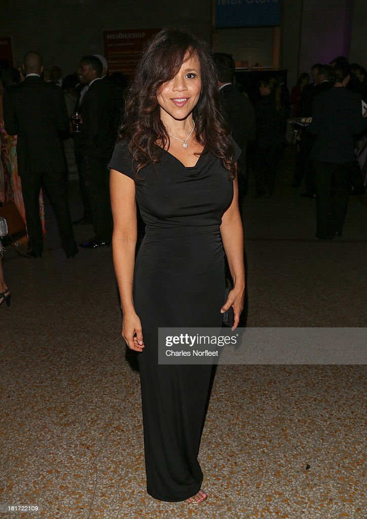 Rosie Perez attends 2013 Multicultural Gala: An Evening Of Many Cultures at Metropolitan Museum of Art on September 23, 2013 in New York City.