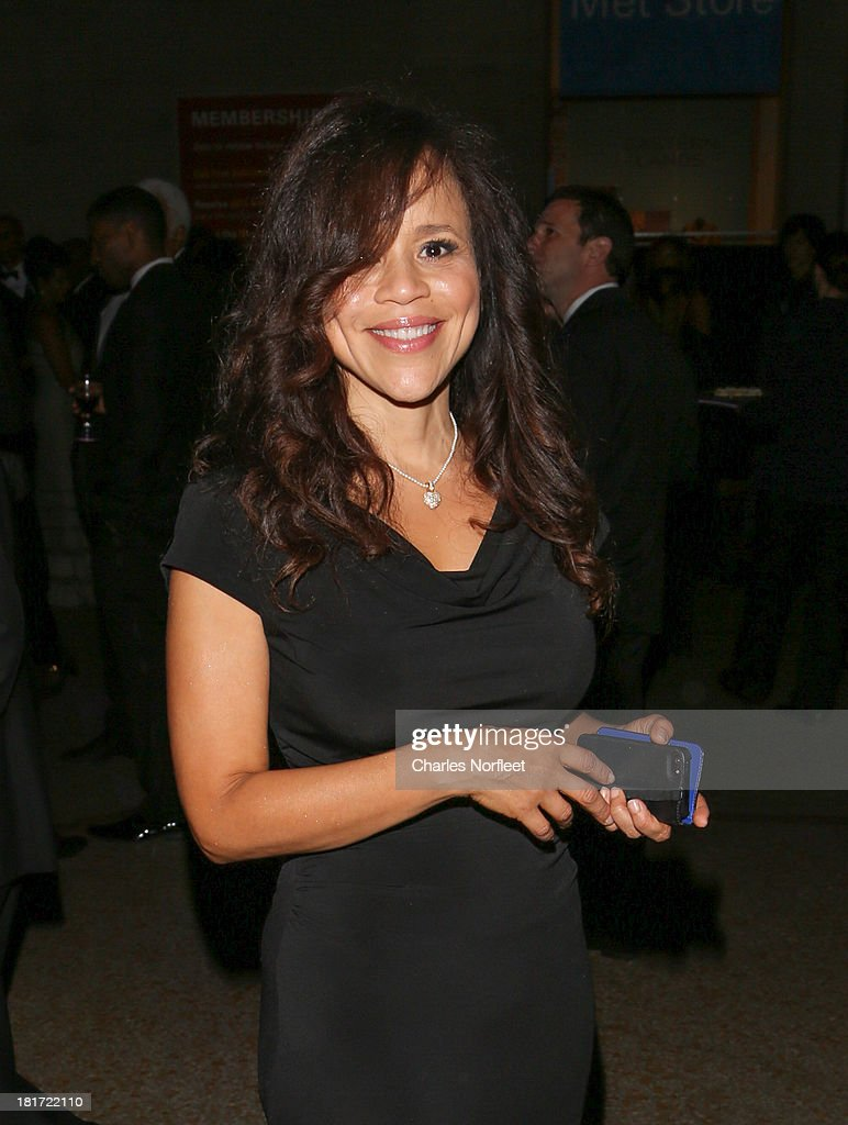 <a gi-track='captionPersonalityLinkClicked' href=/galleries/search?phrase=Rosie+Perez&family=editorial&specificpeople=171833 ng-click='$event.stopPropagation()'>Rosie Perez</a> attends 2013 Multicultural Gala: An Evening Of Many Cultures at Metropolitan Museum of Art on September 23, 2013 in New York City.
