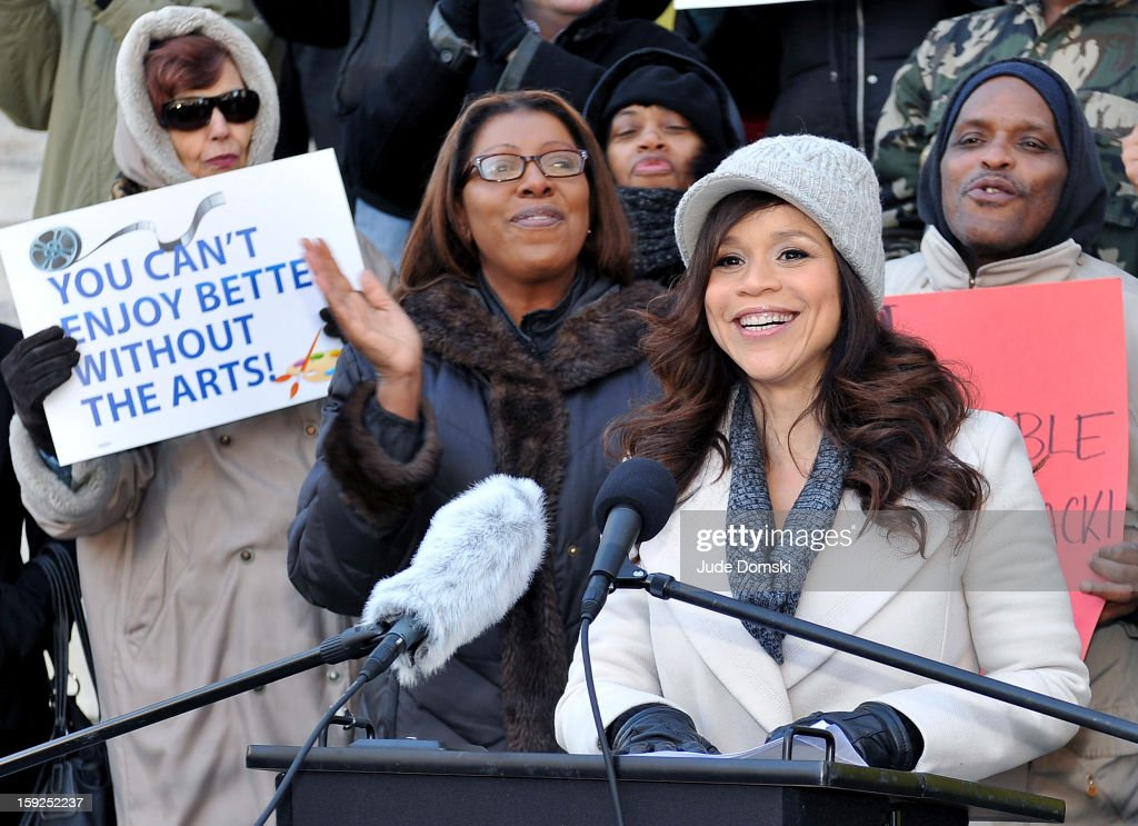 Rosie Perez attends the Citizen's for Access to the Arts Coalition news conference at Brooklyn Borough Hall on January 10, 2013 in the Brooklyn borough of New York City. The group is speaking out against Time Warner Cable Inc.'s decision to no longer carry the television channel Ovation.