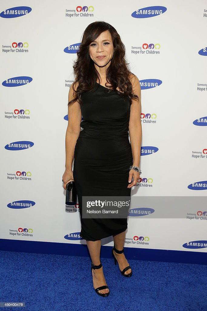 <a gi-track='captionPersonalityLinkClicked' href=/galleries/search?phrase=Rosie+Perez&family=editorial&specificpeople=171833 ng-click='$event.stopPropagation()'>Rosie Perez</a> attends the Samsung Hope For Children Gala 2014 on June 10, 2014 in New York City.