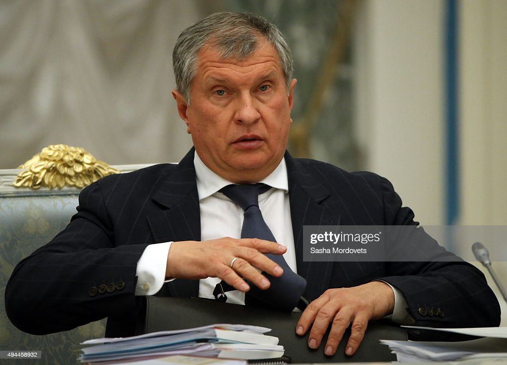Rosneft oil company CEO <a gi-track='captionPersonalityLinkClicked' href=/galleries/search?phrase=Igor+Sechin&family=editorial&specificpeople=756791 ng-click='$event.stopPropagation()'>Igor Sechin</a> attends a meeting of the Commission for the Strategic Development of the Fuel and Energy Sector October 27, 2015 at the Kremlin in Moscow, Russia.
