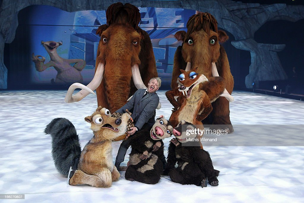 <a gi-track='captionPersonalityLinkClicked' href=/galleries/search?phrase=Ross+Antony&family=editorial&specificpeople=4895372 ng-click='$event.stopPropagation()'>Ross Antony</a> attends the Ice Age Live! - Gala Premiere on November 12, 2012 in Duesseldorf, Germany.