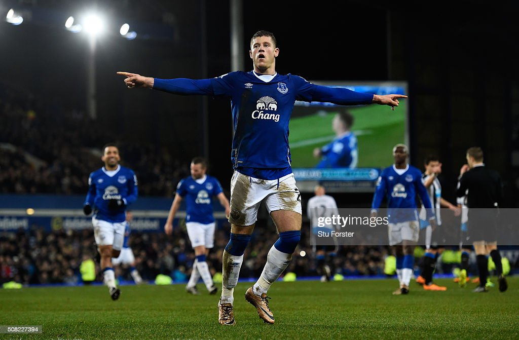 <a gi-track='captionPersonalityLinkClicked' href=/galleries/search?phrase=Ross+Barkley&family=editorial&specificpeople=5806369 ng-click='$event.stopPropagation()'>Ross Barkley</a> of Everton celebates after scoring his team's third goal from the penalty spot during the Barclays Premier League match between Everton and Newcastle United at Goodison Park on February 3, 2016 in Liverpool, England.