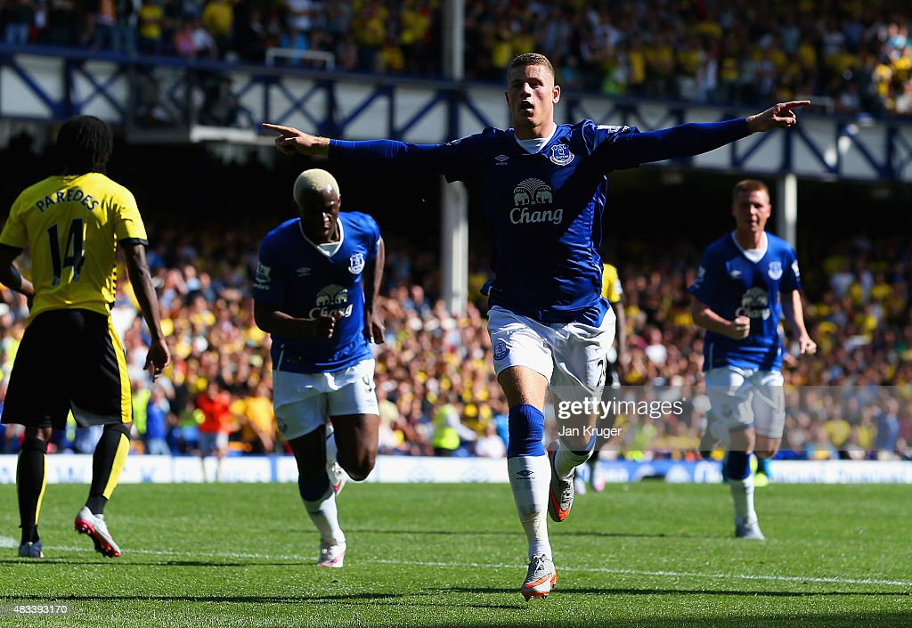 <a gi-track='captionPersonalityLinkClicked' href=/galleries/search?phrase=Ross+Barkley&family=editorial&specificpeople=5806369 ng-click='$event.stopPropagation()'>Ross Barkley</a> of Everton celebrates scoring his team's first goal during the Barclays Premier League match between Everton and Watford at Goodison Park on August 8, 2015 in Liverpool, England.