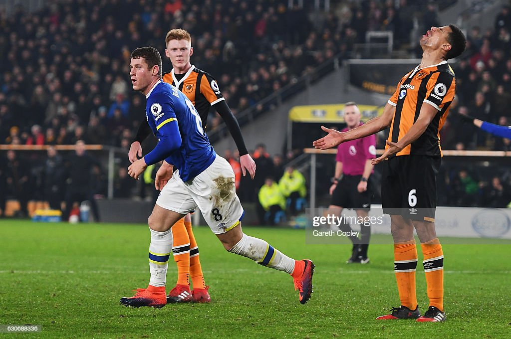 Ross Barkley of Everton celebrates scoring his team's second goal during the Premier League match between Hull City and Everton at KCOM Stadium on December 30, 2016 in Hull, England.