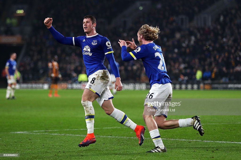 Ross Barkley of Everton celebrates scoring his team's second goal to make the score 2-2 with Tom Davies during the Premier League match between Hull City and Everton at KC Stadium on December 30, 2016 in Hull, England.