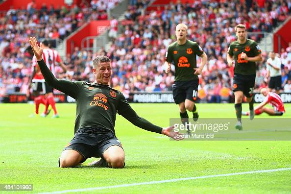 Ross Barkley of Everton celebrates scoring his team's third goal during the Barclays Premier League match between Southampton and Everton at St...