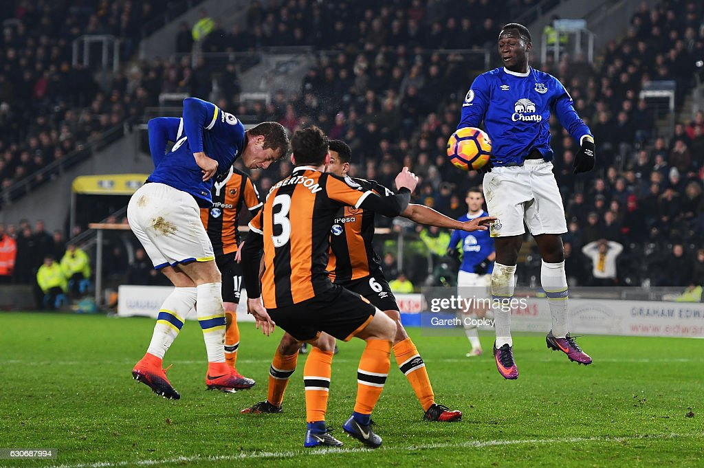 Ross Barkley of Everton scores his team's second goal during the Premier League match between Hull City and Everton at KCOM Stadium on December 30, 2016 in Hull, England.
