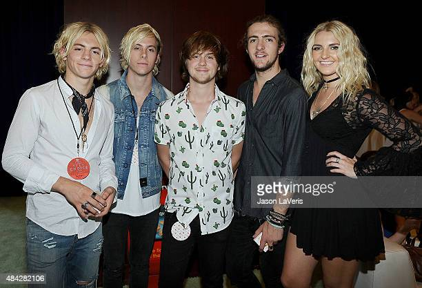 R Ross Lynch Riker Lynch Ellington Ratliff Rocky Lynch and Rydel Lynch of R5 pose in the green room at the 2015 Teen Choice Awards at Galen Center on...