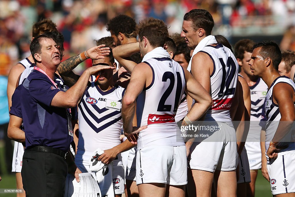 Ross Lyon of the Dockers speaks to his team at quarter time during the round six AFL match between the Adelaide Crows and the Fremantle Dockers at Adelaide Oval on April 30, 2016 in Adelaide, Australia.