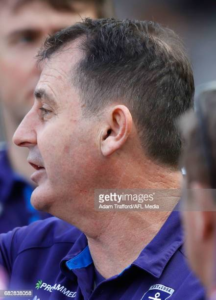Ross Lyon Senior Coach of the Dockers addresses his players during the 2017 AFL round 08 match between the Richmond Tigers and the Fremantle Dockers...